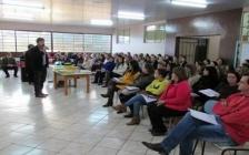 Profissionais da educação participam de encontro pedagógico