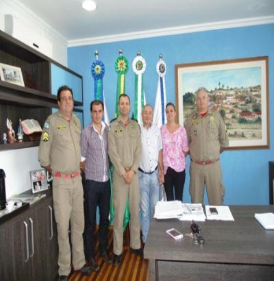 Major dos Bombeiros visita municípios