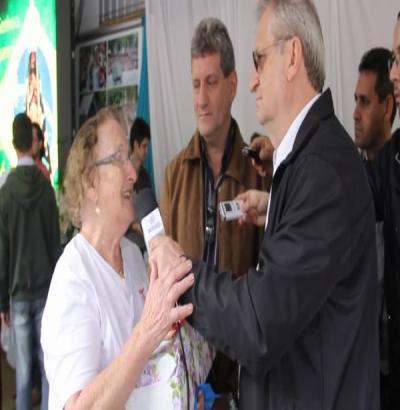 VÍDEO: Amélia Luquini e Milton Bluzamarello falam da história de 40 anos de visita e devoção à Nossa Senhora