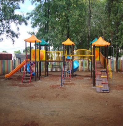 Crianças de Salto do Lontra terão três parques infantis